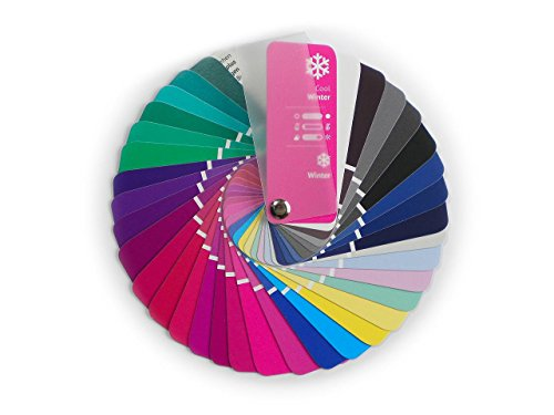 Paleta de color en formato abanico para el color tipo Invierno con...