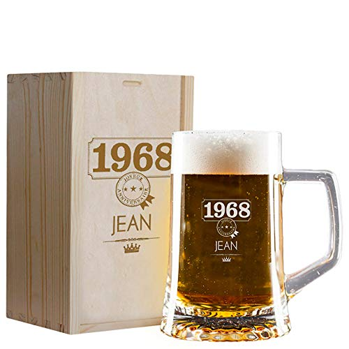 My original gift Cadeau personnalisé : Chope à bière gravée avec Le prénom et l'année de Naissance dans Un Coffret en Bois également gravé
