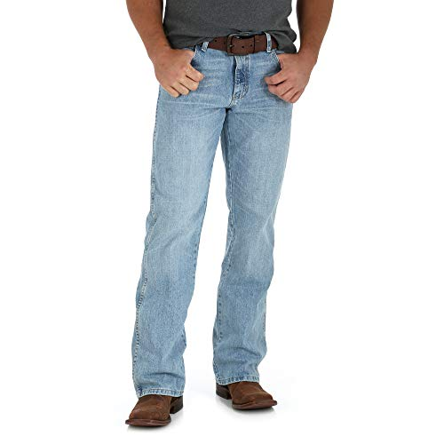 Wrangler Men's Retro Relaxed Fit Boot Cut Jean, Crest, 33W x 36L