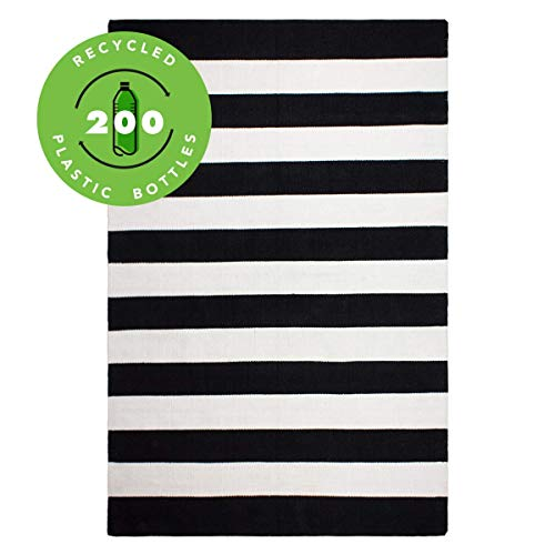 Fab Habitat Outdoor, Indoor Rug – Handwoven Soft Underfoot - Made from 200 Recycled Plastic Bottles - Stain Resistant, Easy to Clean - Kids, Pets - Nantucket - Black & White, 4' x 6'