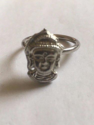 Boeddha TG323A embleem gemaakt van fijn Engels tinnen op een sjaal ring gepost door ons geschenken voor alle 2016 van DERBYSHIRE Verenigd Koninkrijk...