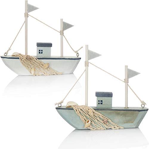 com-four® 2X Maritimes Deko Schiff aus Holz - Fischkutter mit Fischernetz und Muscheln - Holzschiff zur Dekoration - Nautische Deko Segelboot [Farbauswahl variiert!] (02 Stück - Holzdekoschiff 16 cm)