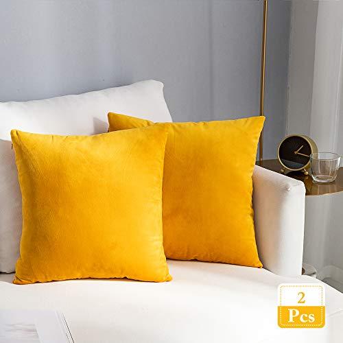 Stellhome Super weiche dekorative Samt-Kissenbezüge Quadratische Wurfkissenbezüge für Bett Couch Sofa Bank, 20 x 20 Zoll (50 cm), Orange Gelb, 2 Stück Quadratisch Solide Wurfkissenbezug