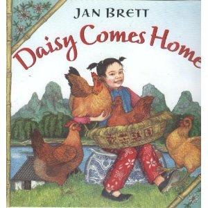 Paperback Daisy Comes Home Book