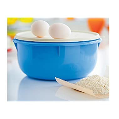 Tupperware Classic Large 12-cup Mixing Bowl - Blue with White Cover