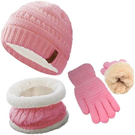 Childrens hat scarf and gloves set _image1