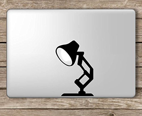 Pixar Lamp Disney - Apple MacBook Laptop Vinyl Sticker Decal, Die Cut Vinyl Decal voor Windows, Auto's, Vrachtwagens, Gereedschapskisten, laptops, MacBook - vrijwel Elke Harde, Glad Oppervlak