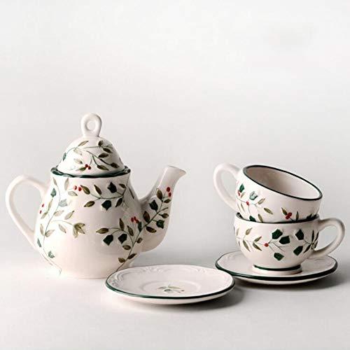 Set da Caffè Per Tè in Ceramica Europea Con Bacche di Agrifoglio in Rilievo Dipinto a Mano Teiera Tazza Set Di Piatti Tazza di Caffè