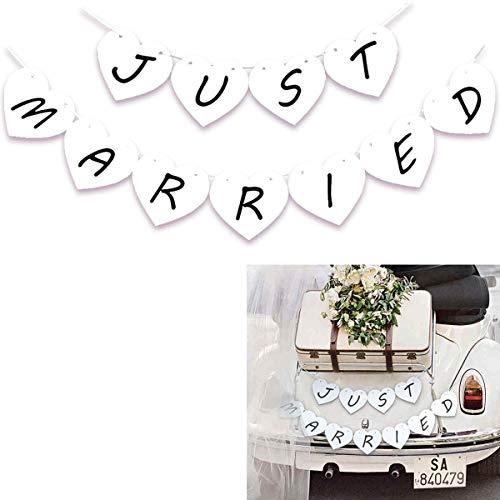 Decoration de Mariage. 1 Bannière Just Married avec des Coeurs Pour Fête de Mariage. Accessoires et Décoration Photographie