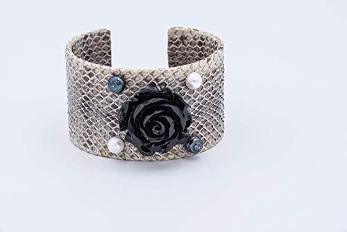 Grauer Schlangenarmreif mit Koralle und Perlen,Armschmuck für Sie,Armspange,Echtschmuck,Schlangenarmreif