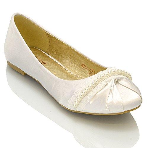 ESSEX GLAM Scarpa Donna Satinato Ballerina Lacci Perle Senza Tacco Matrimonio (UK 8 / EU 41 / US 10, Bianco Satinato)