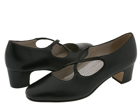 Retro Vintage Style Wide Shoes Trotters Jamie Black Leather Womens 1-2 inch heel Shoes $99.95 AT vintagedancer.com