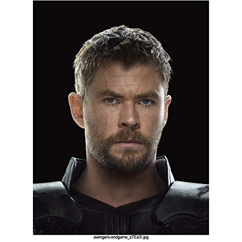 Chris Hemsworth 8 Inch x 10 Inch photograph Avengers: Endgame (2019) Head Shot w/Black Background kn