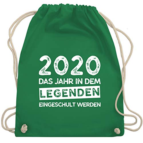Shirtracer Einschulung und Schulanfang - 2020 Das Jahr in dem Legenden eingeschult werden - Unisize - Grün - einschulung turnbeutel - WM110 - Turnbeutel und Stoffbeutel aus Bio-Baumwolle