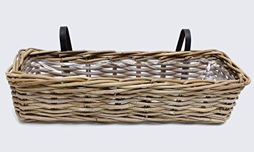 FRANK FLECHTWAREN Dezent grau gekalkter Balkon-Pflanzkorb aus Rattan