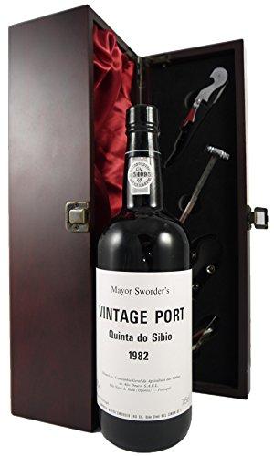 Quinta do Sibio Vintage Port 1982 en una caja de regalo forrada de seda con cuatro accesorios de vino, 1 x 750ml