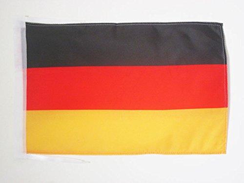 AZ FLAG Flagge Deutschland 45x30cm mit Kordel - DEUTSCHE Fahne 30 x 45 cm - flaggen Top Qualität