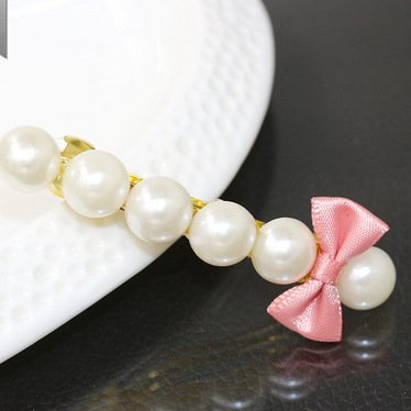 RENYZ.ZKHN Butterfly Knot pin Small Fresh Bow Tie pin A Word Pearl pin Simple Ornament Small Fresh pin, Pearl pin,Red Bean Powder 3212