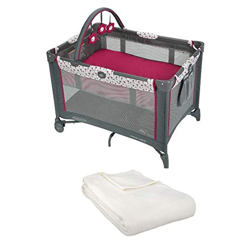 Pack 'n Play On The Go Playard with Bassinet & Blanket (Amory)