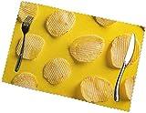 Set di 4 tovagliette per tavolo da pranzo con patatine fritte, poliestere resistente al calore, lavabile e lavabile, moderne tovagliette da esterno facili da pulire per pranzare e cucinare.