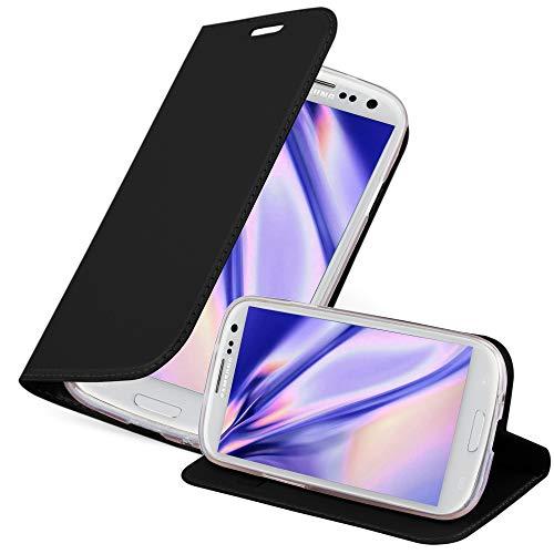 Cadorabo Custodia Libro per Samsung Galaxy S3 / S3 NEO in CLASSY NERO – con Vani di Carte, Funzione Stand e Chiusura Magnetica – Portafoglio Cover Case Wallet Book Etui Protezione