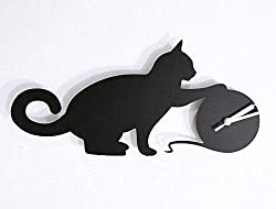 silhouette clock of a cat