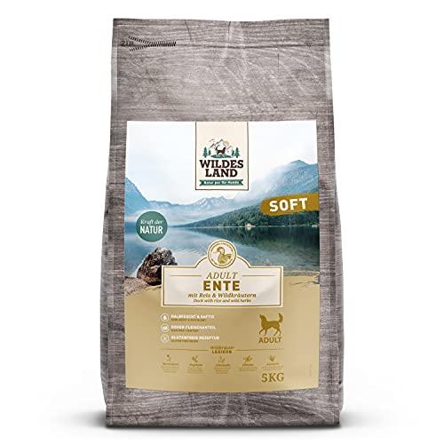 Wildes Land - Halbfeuchtes Trockenfutter für Hunde - Ente - 5 kg - Soft mit Reis und Wildkräutern - Glutenfrei - Extra viel Fleisch - Für alle Hunderassen - Beste Akzeptanz