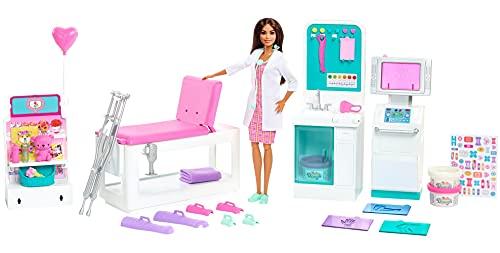 Barbie - Playset La Clinica di Barbie con Bambola Dottoressa Castana da 30.5 cm e Oltre 30 Accessori, Giocattolo per Bambini 3+Anni, HFT68