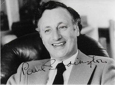 Ja Minister – James Hacker – Paul Eddington Genuine Authentic Hand Autogramm AFTAL COA