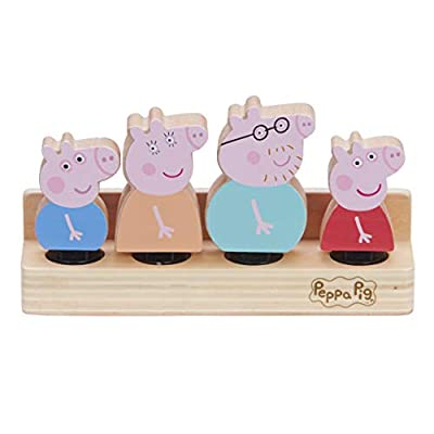 Peppa Pig 07207 Wooden Family Figures from Character Options LTD