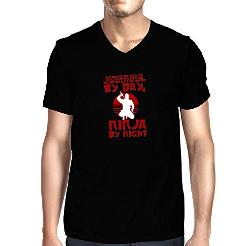 Idakoos Camiseta con cuello en V para máquina expendedora por día, Ninja por noche - negro - Medium