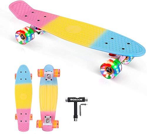 SGODDE Skateboard Komplette 56cm/22 Mini Cruiser Board Retro Komplettboard für Anfänger Kinder Jugendliche Erwachsene,56x15cm Komplett Board mit ABEC-11 Kugellager,LED PU Leuchtrollen,T-Tool