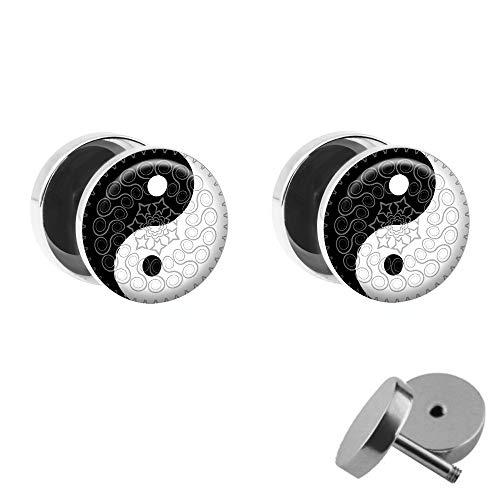 Preisvergleich Produktbild Treuheld / Set - Ying & Yang mit Ornamenten - 2 Ohr-Stecker zum Schrauben mit verziertem chinesischen Zeichen - Silber-Schwarz-Weiß Fake-Plugs - Ø 10mm - Ohr-Ringe - Daoismus - Edel-Stahl Fake-Tunnel