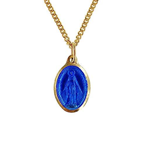 Conjunto compuesto por una medalla de Virgen Milagrosa dorada y una cadena de 45 cm dorada. Producto fabricado en pesos y empaquetado en una bolsa transparente azul-blanco-rojo.