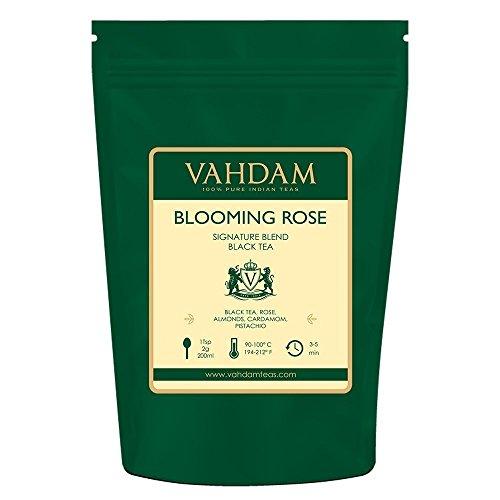 AROMÁTICO, ROMÁNTICO Y DELICIOSO: este té Red Rose es una mezcla de té negro fresco de jardín con suaves pétalos de rosa, cardamomo, pistacho y almendras. Refrescante y delicioso. Deliciosas hojas de té negro con sabor para cualquier momento del día....