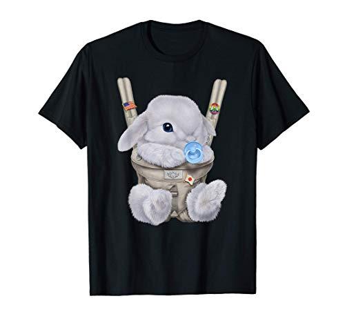 Conejo enano blanco con chupete en portabebé Camiseta
