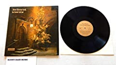 A collection of 14 Organ and Choral Christmas performances celebrating Christmas In Germany! The vinyl is graded Very Good. This is a German Import made in Germany. The cover is in Very Good condition. This is a 19?? pressing. Very RARE on Amazon, as...