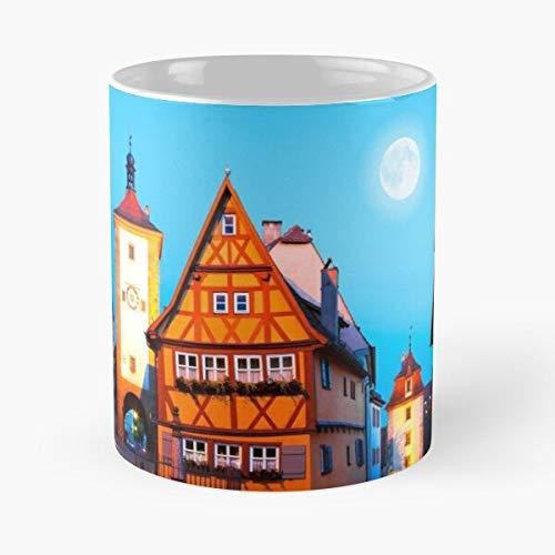 Coona Quaint Romantic Town Rothenburg Moon Germany Old Bavaria Taza de café con Leche 11 oz