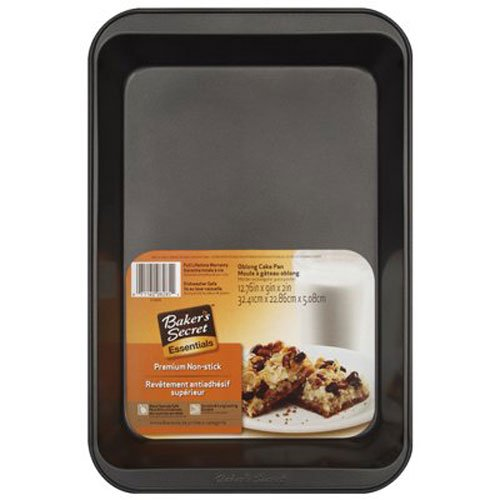 WORLD KITCHEN Oblong Cake Pan, 13 x 9-Inch, Metallic