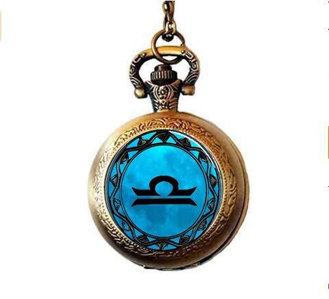 aka Taschenuhr mit Sternzeichen-Symbol, Waage, Blauer Mond, Halskette mit Libra, Sternzeichenmotiv, Astrologie, Horoskop, Schmuck, Taschenuhr, Halskette