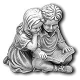 gartendekoparadies.de Massive Steinfigur Kinderfigur mit Buch aus Steinguss frostfest