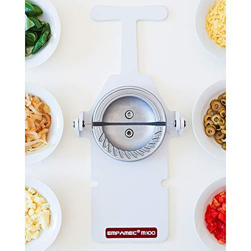 Empanada Maker Professional use. Makes 120 empanadas/hour. Size: 13 cm (5