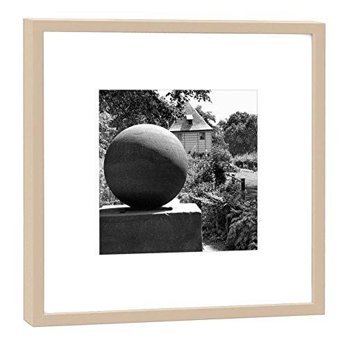 COGNOSCO - Fotografie im Holzrahmen: Stein des Guten Glücks Goethes Gartenhaus Weimar - Fotodruck - Format 27 x 27 cm - Rahmenfarbe beige - Hochwertiges Wandbild, Geschenkidee oder Souvenir aus Weimar