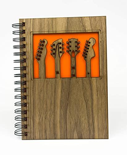 Cuaderno tamaño A5 con tapas de madera en Haya, Nogal o Roble con distintos diseños de 75 hojas blancas y un gramaje de 100gr, regalo orginal y especial (Nogal, Guitarras)