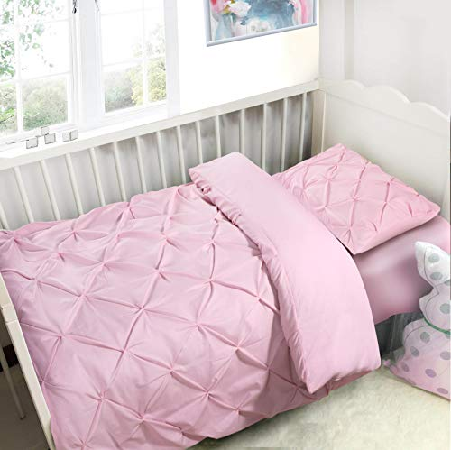 K&A Pintuck Pinch Pleat Duvet Cover Bedding Set including 1 Pillowcase with Zipper Closure, Easy Care Machine Washable, Poly-Cotton Blend (Cot/Toddler, Pink)