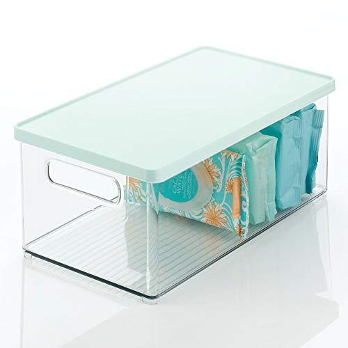 mDesign - Caja de almacenamiento apilable de plástico, tapa extraíble, asas – Organizador de armario de baño para artículos de tocador, maquillaje, primeros auxilios, accesorios, barra de jabón, lufas, sales de baño, transparente/menta