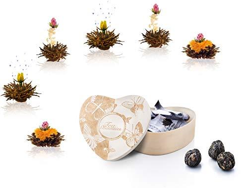 Creano Erblühtee 6 Teeblumen Geschenkset schwarzer Tee in Holzschachtel in Herzform