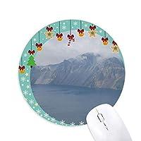 白梅椿 圆形防滑橡胶圣诞铃铛鼠标垫