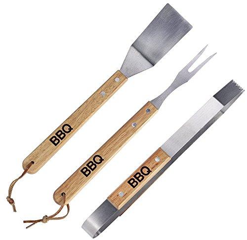 3-teiliges Grillbesteck Set mit Eichen Holzgriff und BBQ Branding bestehend aus Wender, Zange und Grillgabel / Fleischgabel