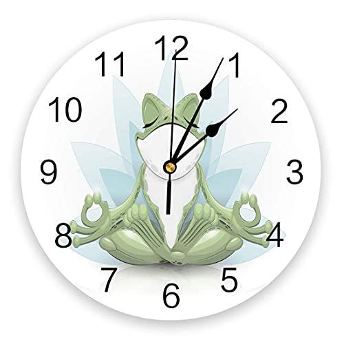Reloj de pared de 10 pulgadas, reloj silencioso para colgar en la pared que no hace tictac, Ainmal Frog está haciendo yoga en flores de loto, relojes de pared con fundamento para interiores, cocina, s